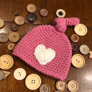Other - Newborn handcrafted pink knot heart beanie